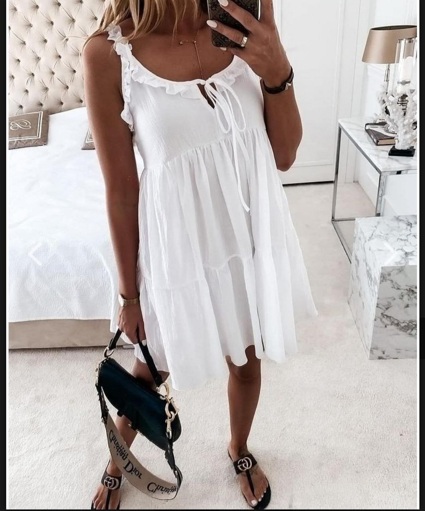 Robe fantaisie à bretelles blanche