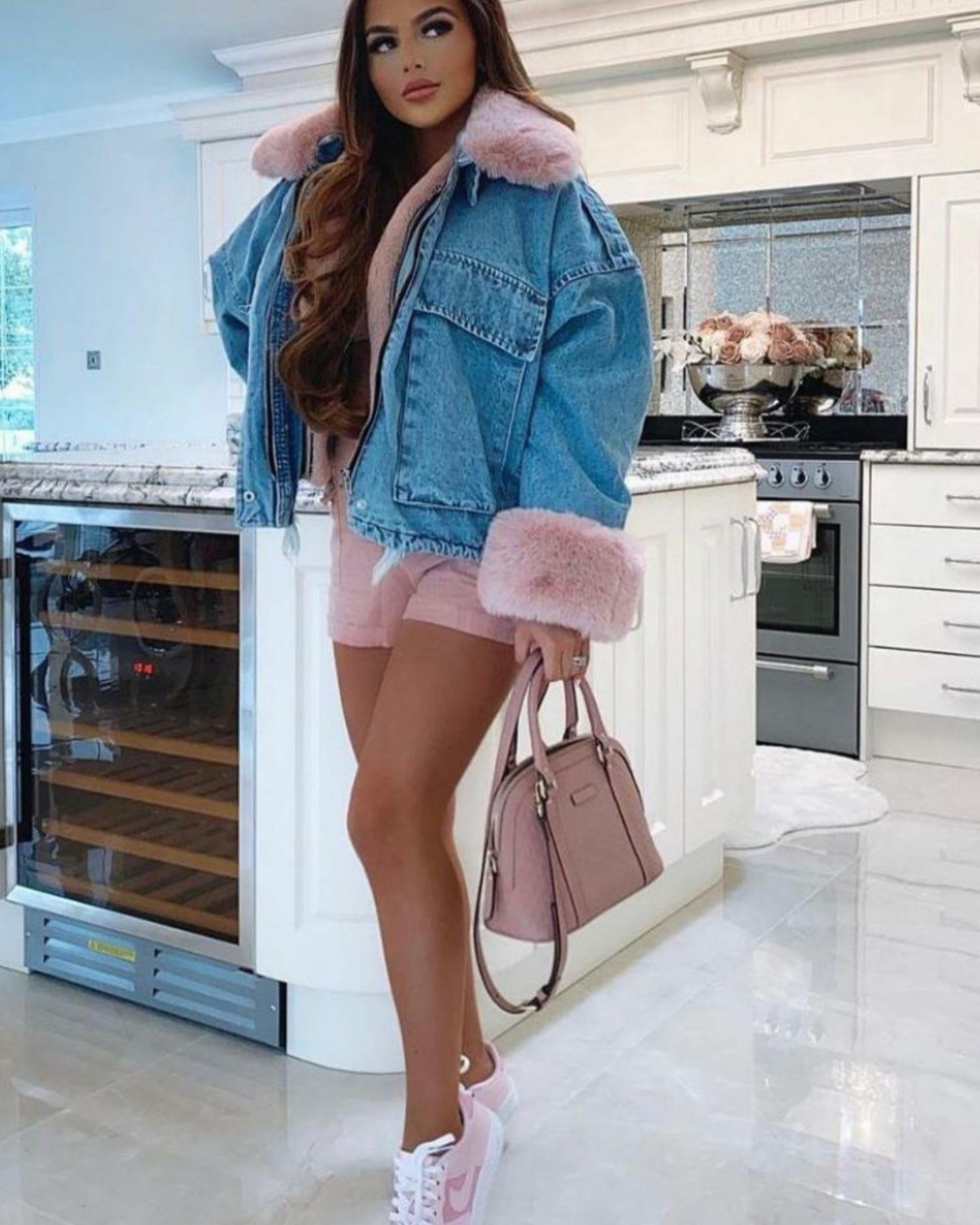 Veste jean avec fourrure rose